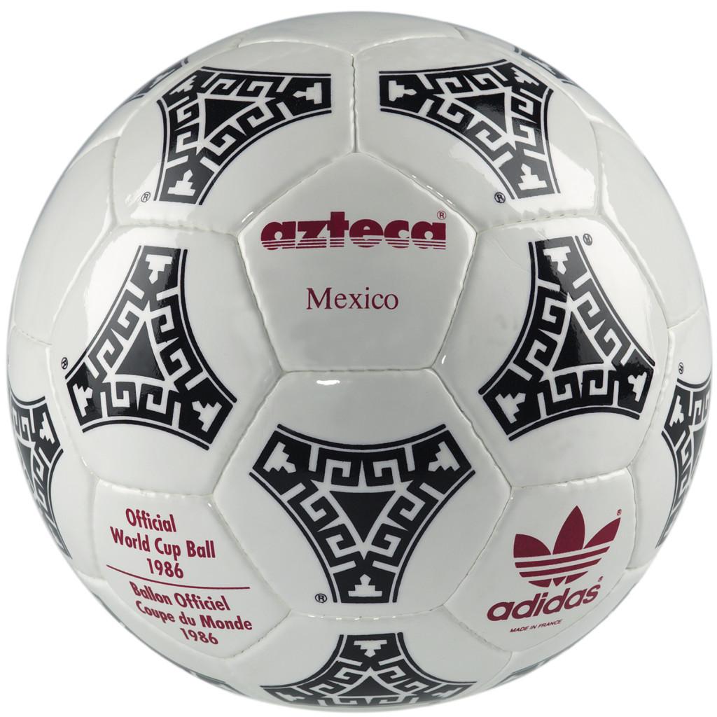 1986 rok - oficjalna piłka Mistrzostw Świata w Meksyku.